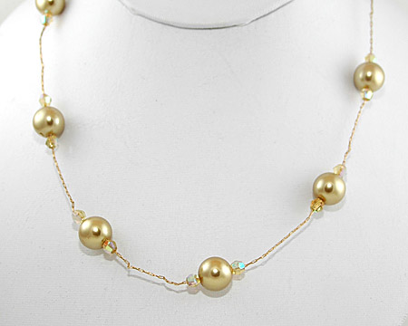 Light Gold Pearl and Small Crystal Necklace on Gold (10mm)
